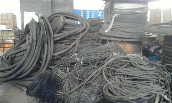 成都哪里有回收电缆线的